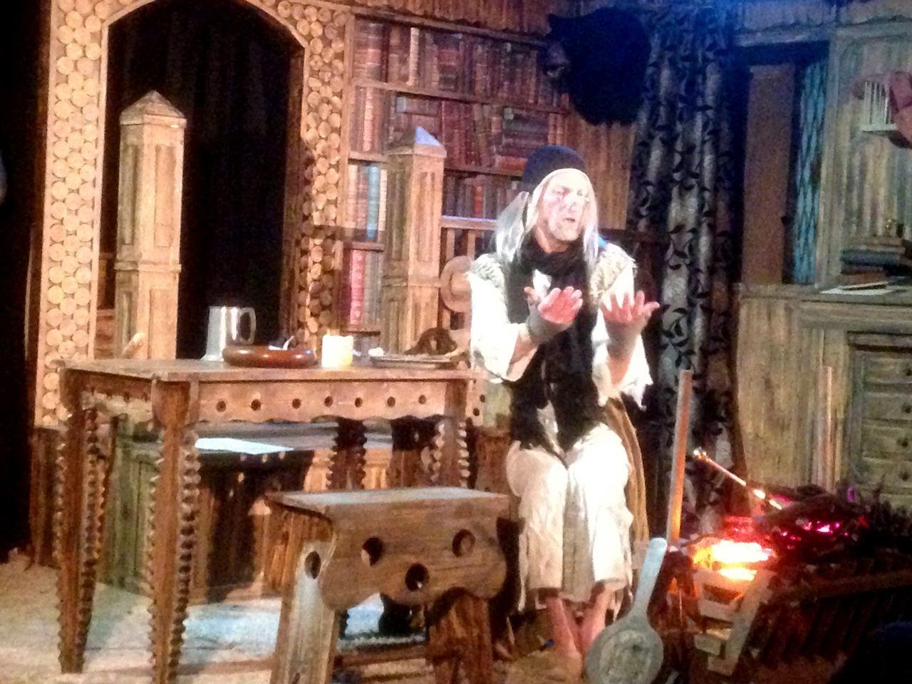 Neil King as John Aubrey in 'Brief Li ves'